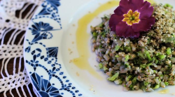Videoricetta – Farro al pesto di broccoli